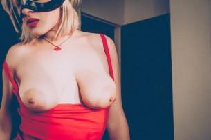 Entrevista com a sexy e hardcore Maryjude
