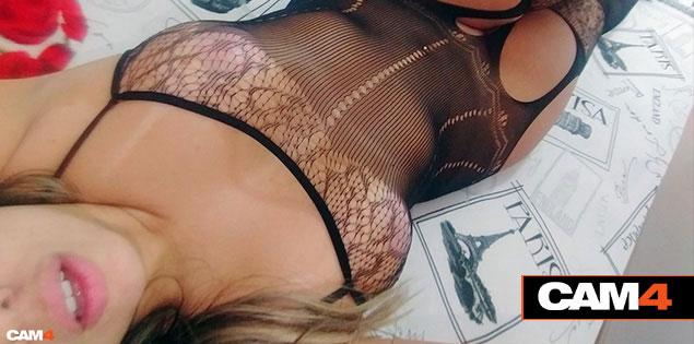 As webcams pornô amadoras mais assistidas de Fevereiro no CAM4